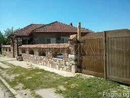 Двухэтажный дом в 6 км от пляжа Шкорпиловци, район Варна