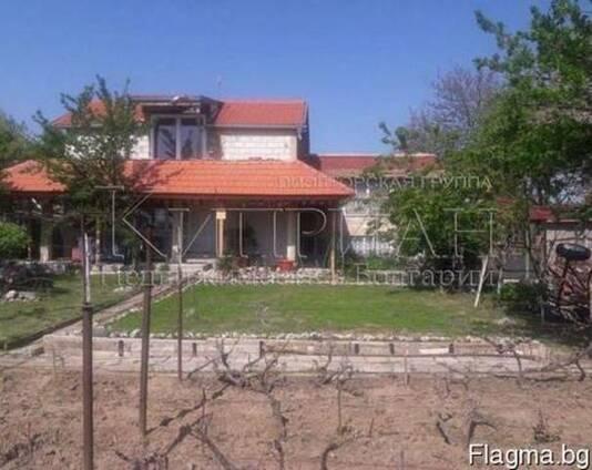 Дом в район Виница, до Варна