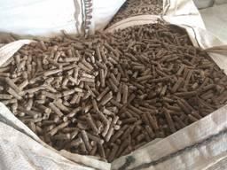 Гранулираният комбиниран фураж се прави от ечемичен малц и о