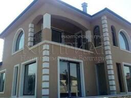 Новый двухэтажный дом и в 3 км от пляжа курорта Камчия. - фото 2